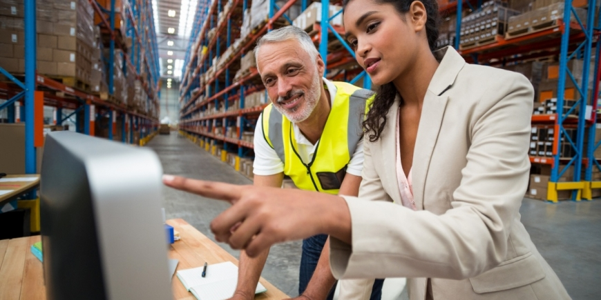 Working as a warehouse worker: training and duties